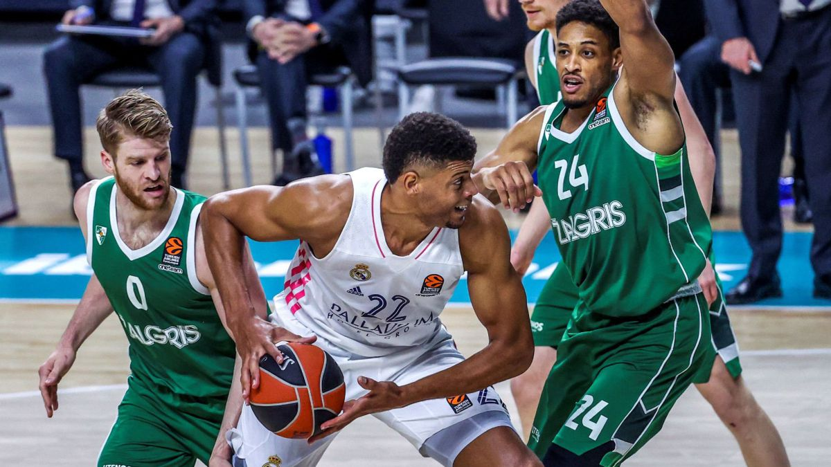 Madrid-lose-Llull-clench-their-teeth-and-remain-4th