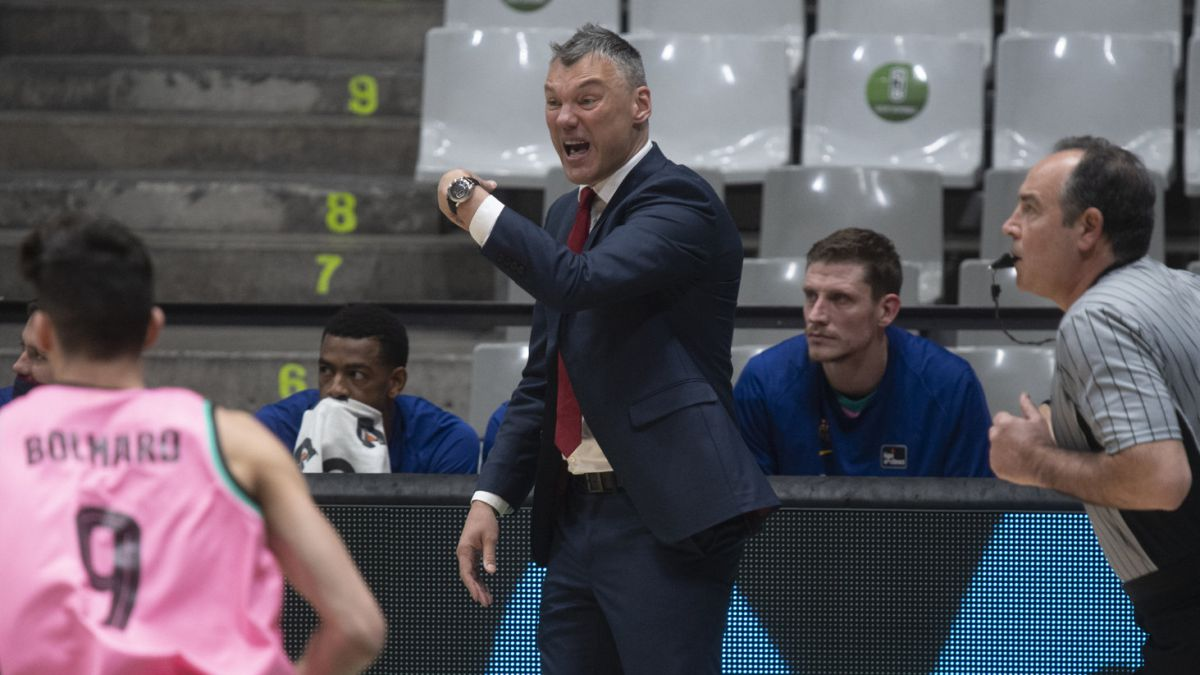"""Jasikevicius:-""""Pau-is-looking-for-a-private-flight-to-come"""""""