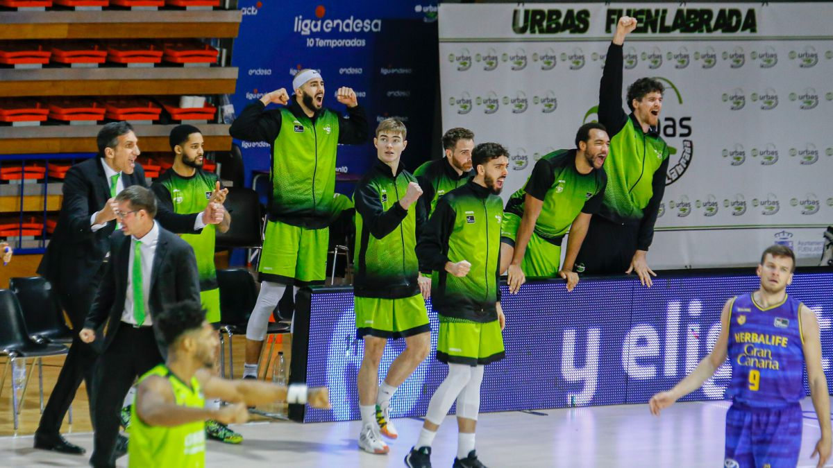Urbas-Fuenlabrada-opens-the-doors-of-their-training-sessions