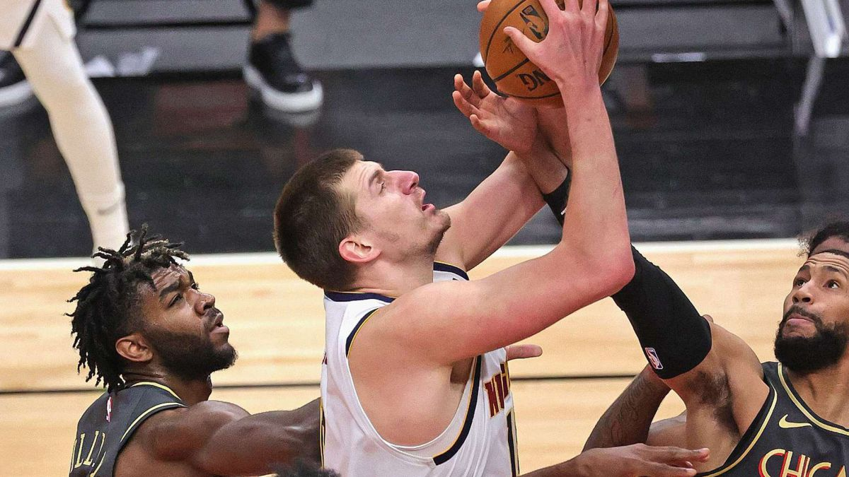 Nuggets-pull-off-cheating-game-in-Chicago