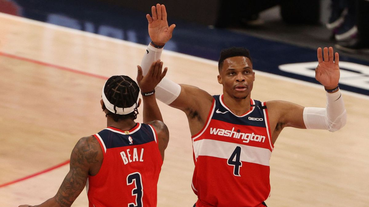 Beal-and-Westbrook-lecture-Clippers-and-look-to-playoffs