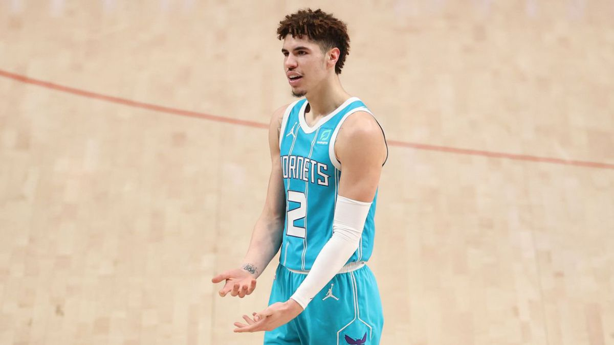 """Michael-Jordan-blesses-LaMelo:-""""He-has-exceeded-expectations"""""""