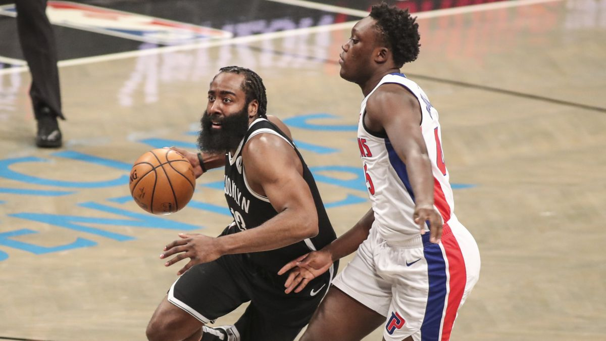 James-Harden-pushes-to-save-victory-against-Pistons