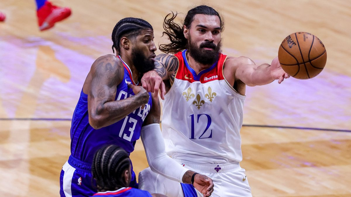 """Zion-destroys-the-Clippers:-""""This-is-very-worrying"""""""
