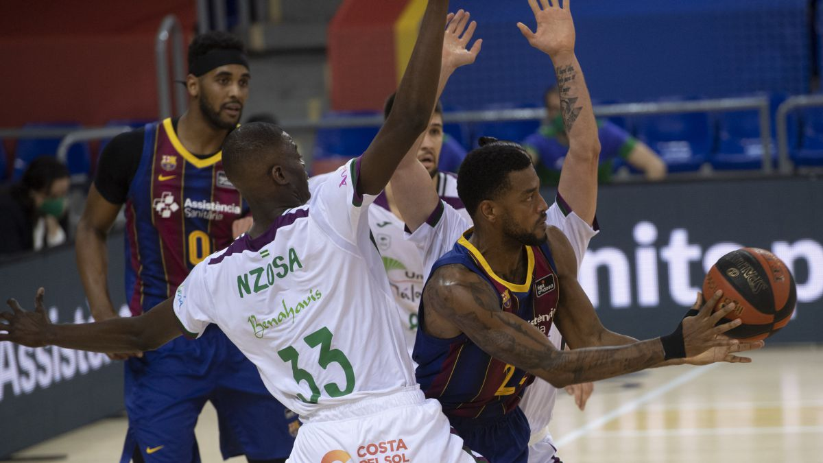 Barça-defeats-Unicaja-and-remains-unstoppable-in-2021