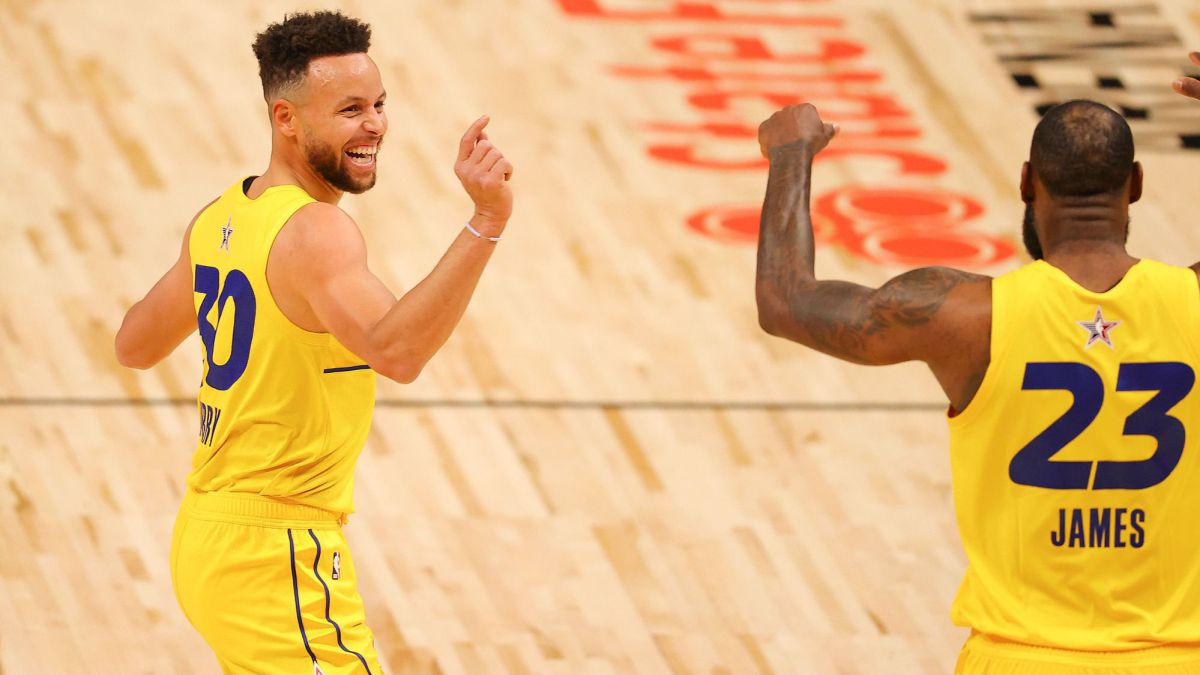 It-could-be-the-bomb-of-2022:-LeBron-and-Curry-together-in-LA?