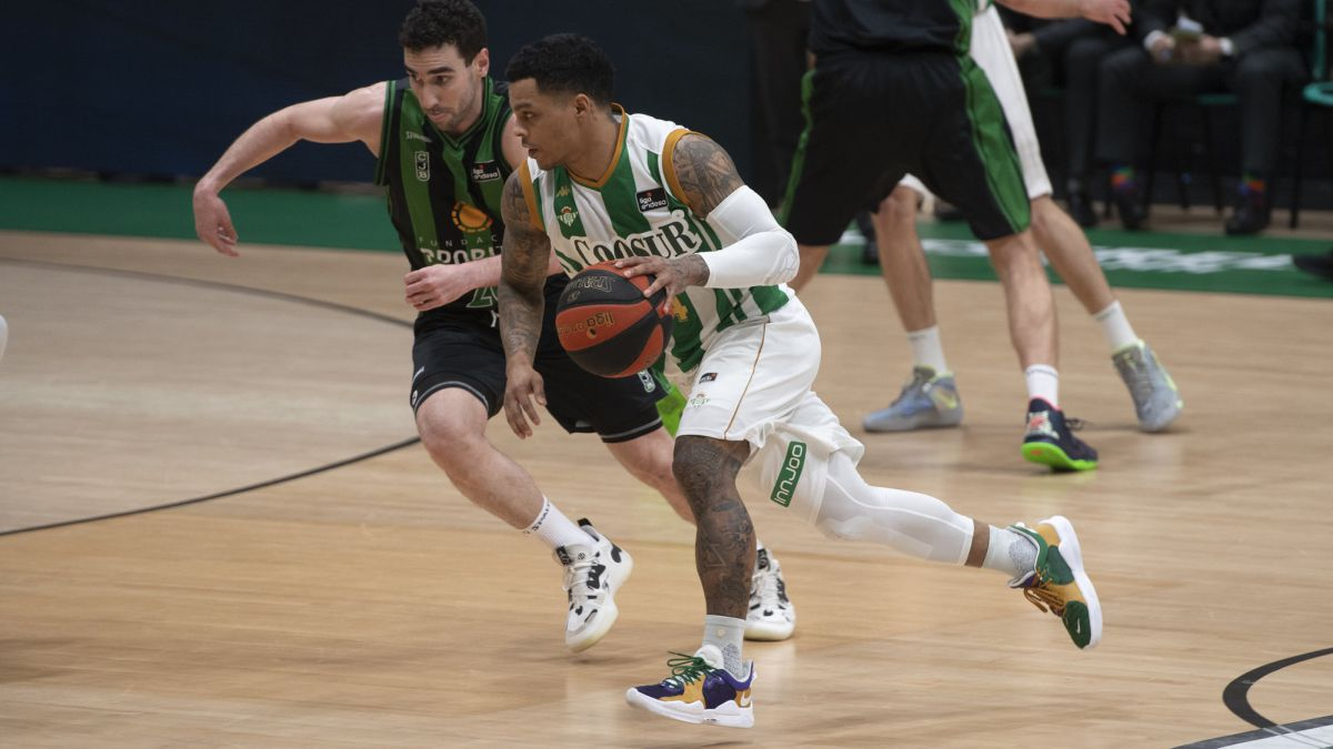 Betis-takes-oxygen-at-the-expense-of-a-fair-Joventut-of-forces