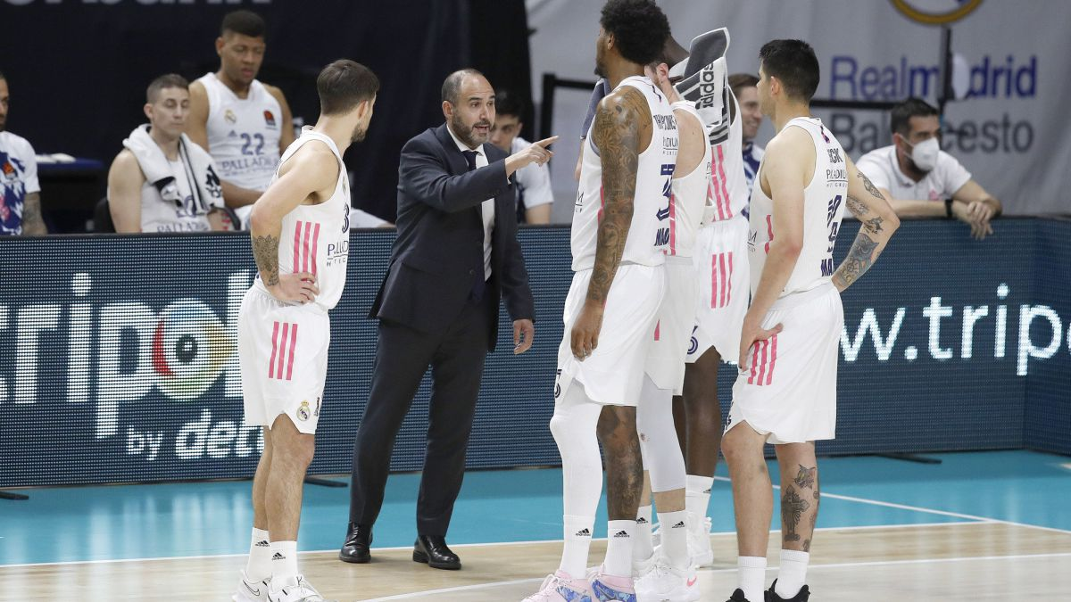 Beating-expulsion-of-Laso-and-Madrid-against-the-ropes