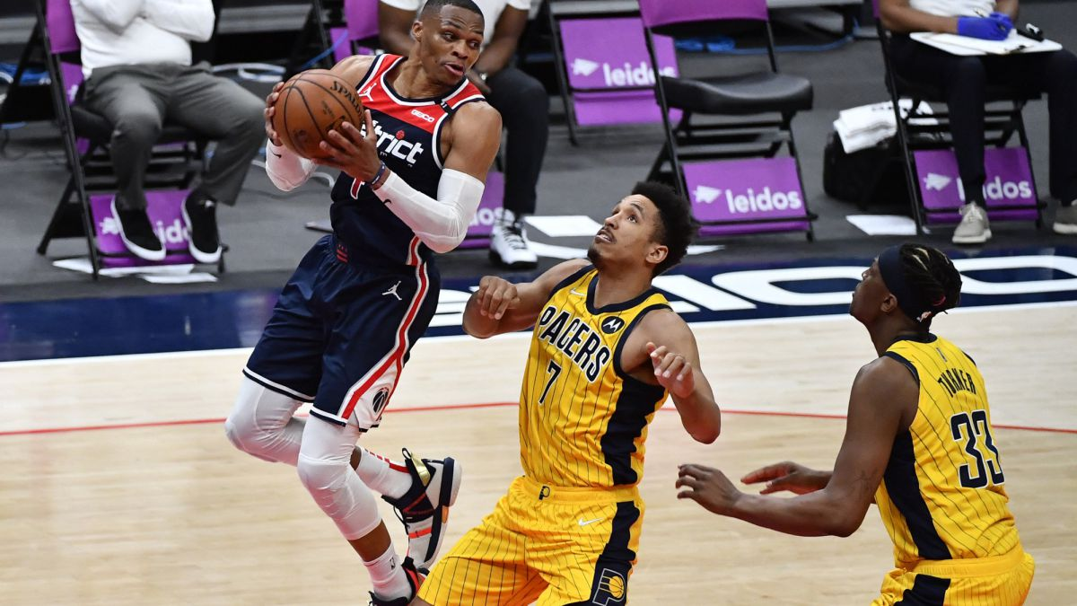 Westbrook-fuses-the-Pacers-with-a-night-for-history