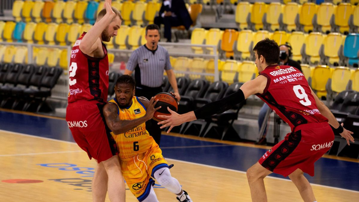 Herbalife-Gran-Canaria-also-shines-in-the-Endesa-League