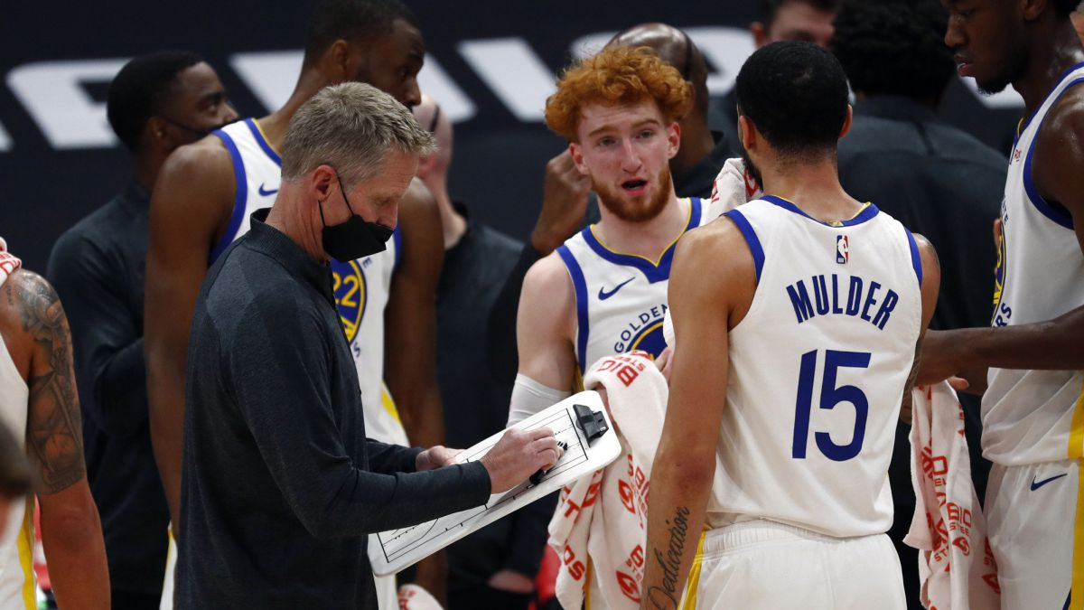 Historic-beating-to-the-Warriors-who-fall-from-...-53-points