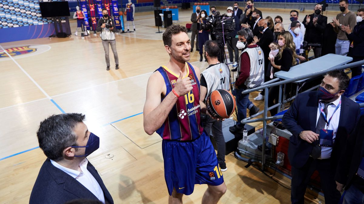And-at-the-end-the-day-arrived:-Pau-Gasol-returns-to-play-with-Barça