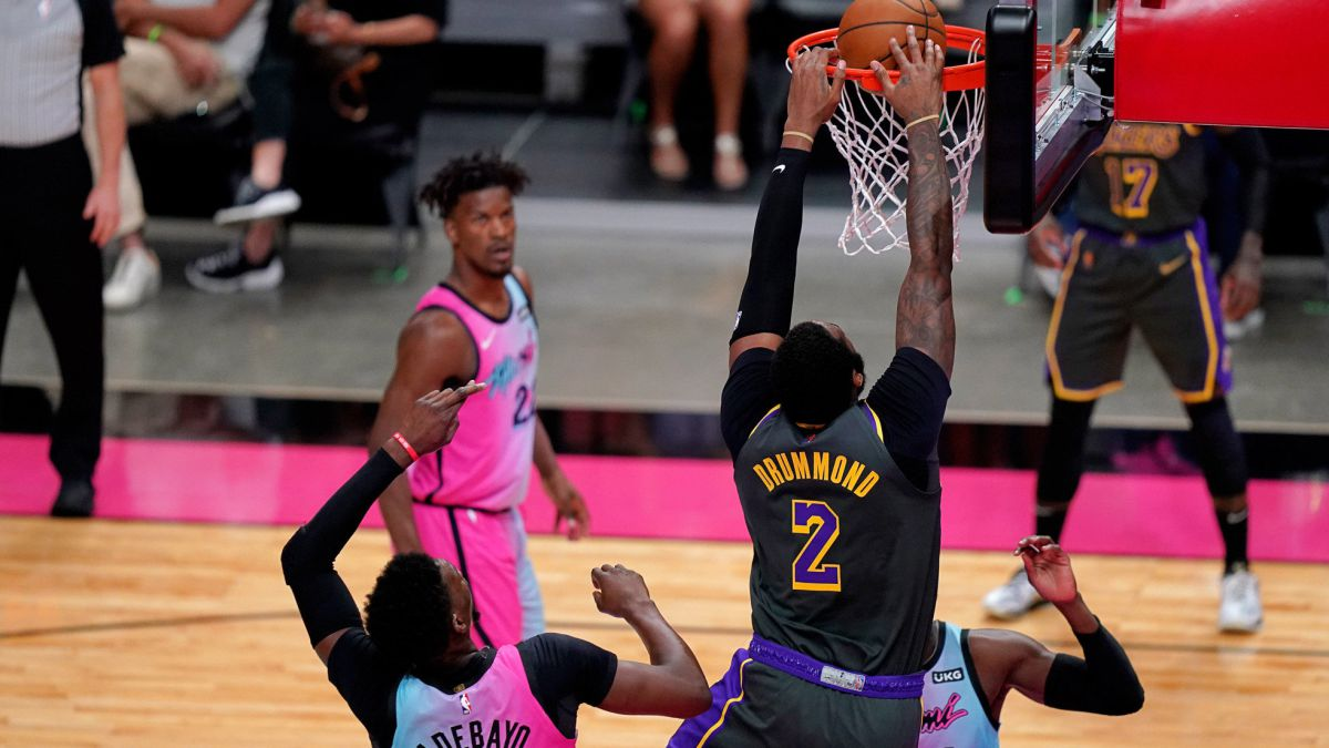 Drummond-returns-Gasol-does-not-play-and-the-Lakers-stumble-in-Miami