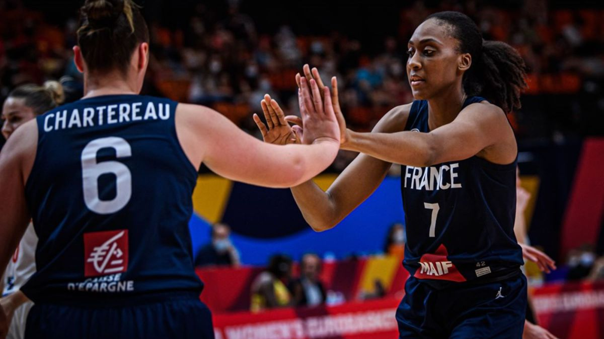 Miyem-puts-France-into-their-fifth-European-final-in-a-row