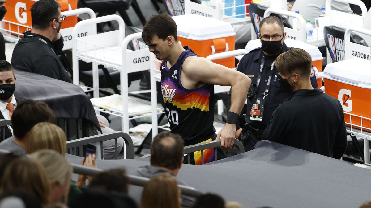 Hit-for-the-Suns:-Saric-tears-his-cruciate-ligament