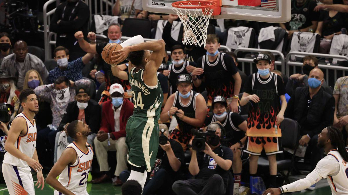 There-is-an-End!-Giannis-calls-for-rebellion-with-a-display