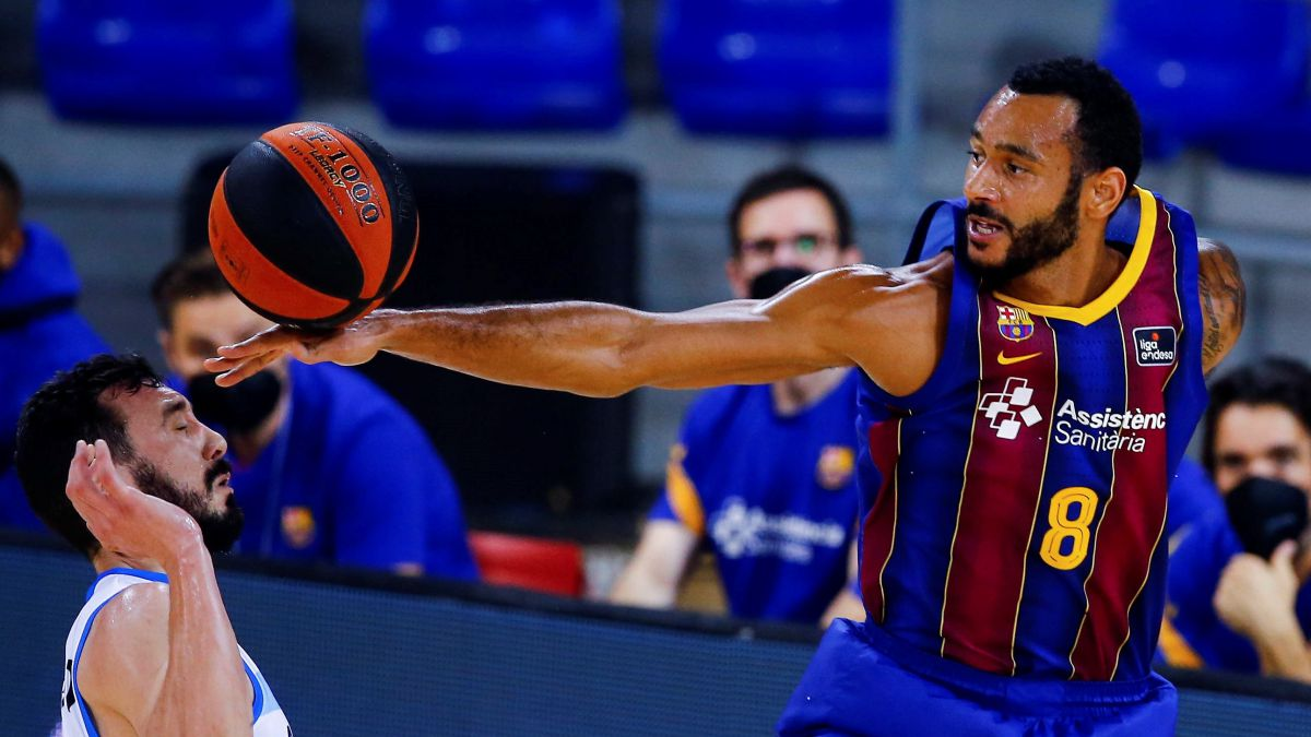 Official:-Hanga-leaves-Barça-and-is-one-step-away-from-Madrid