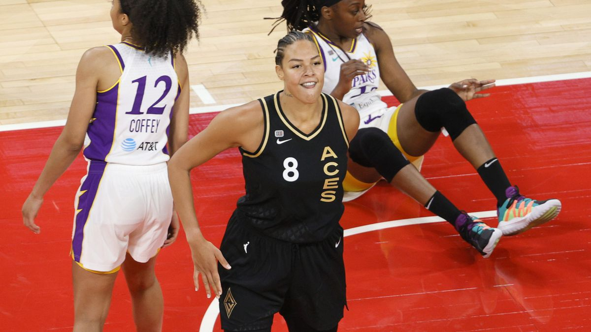 Liz-Cambage-resigns-from-Tokyo-over-mental-health