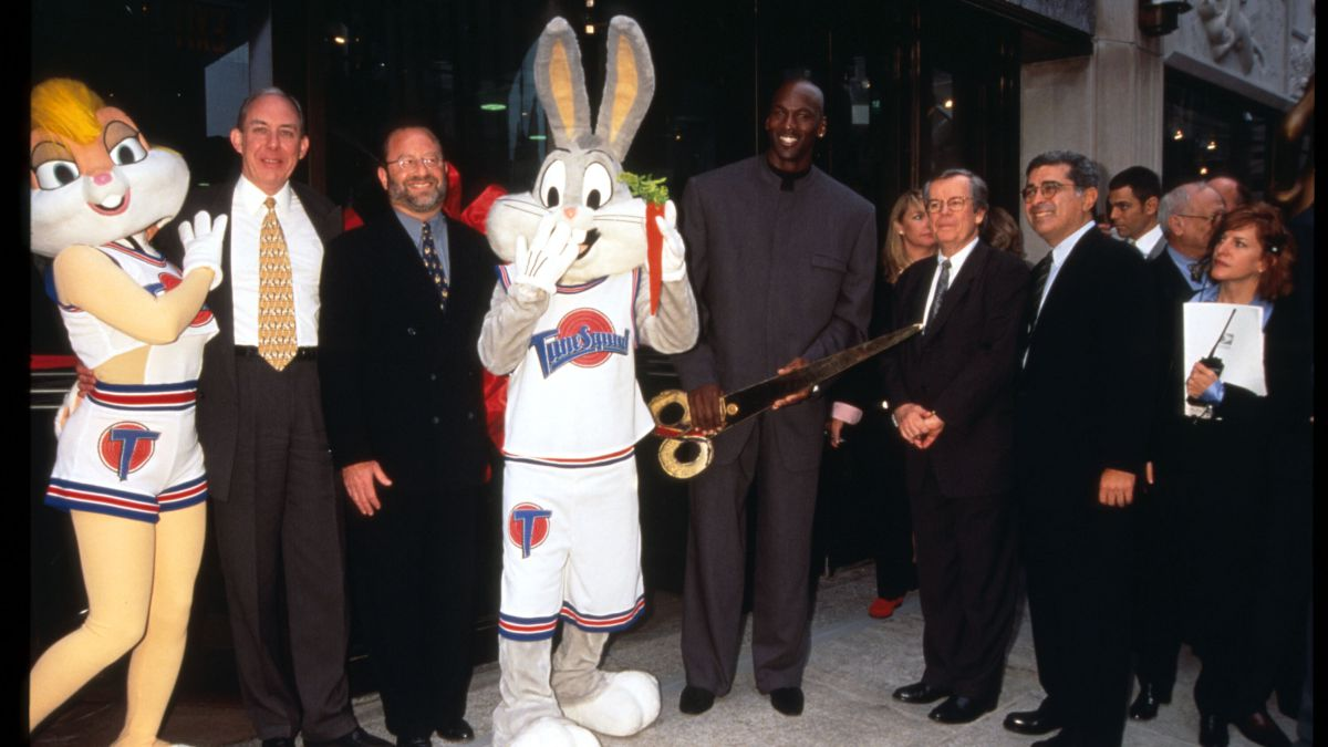Space-Jam:-who-are-the-players-and-characters-that-appeared-in-the-1996-movie?