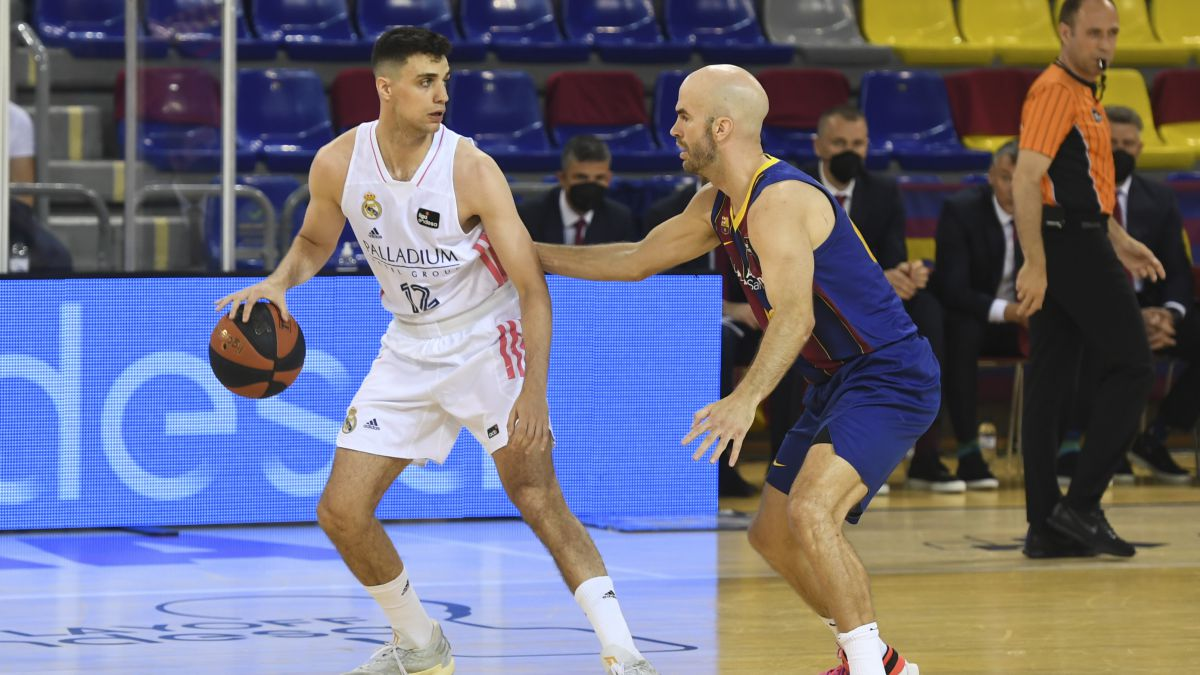 Alocén-and-Jaime-Pradilla-are-erased-from-the-next-draft