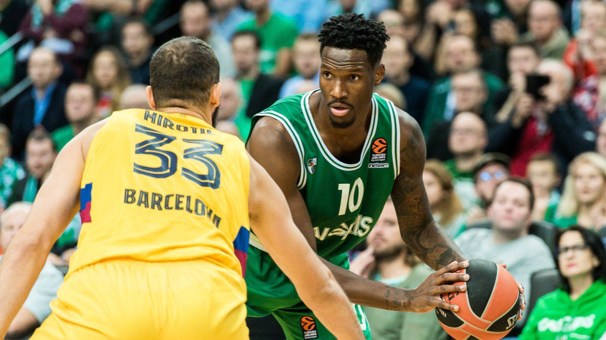 Barça-close-to-closing-its-squad-with-Nigel-Hayes