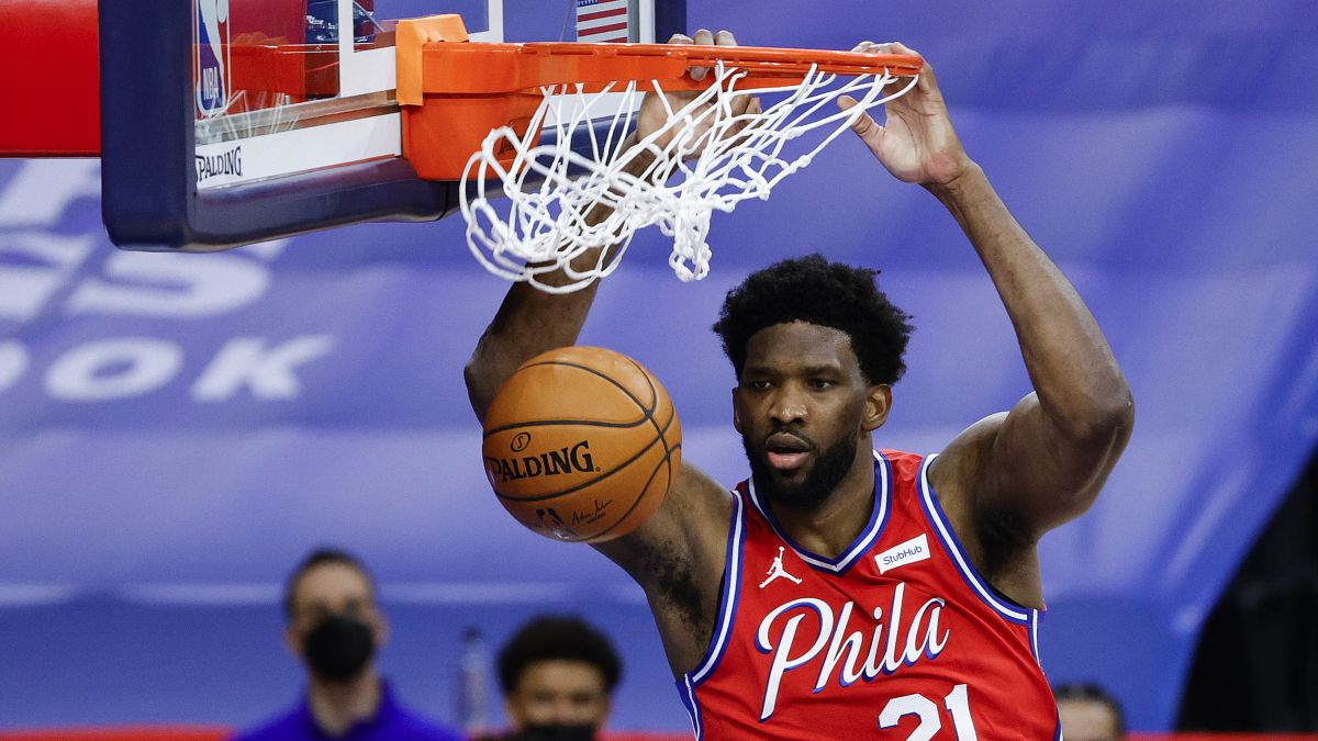 The-Sixers-give-it-all-to-Embiid:-4-years-and-196-million