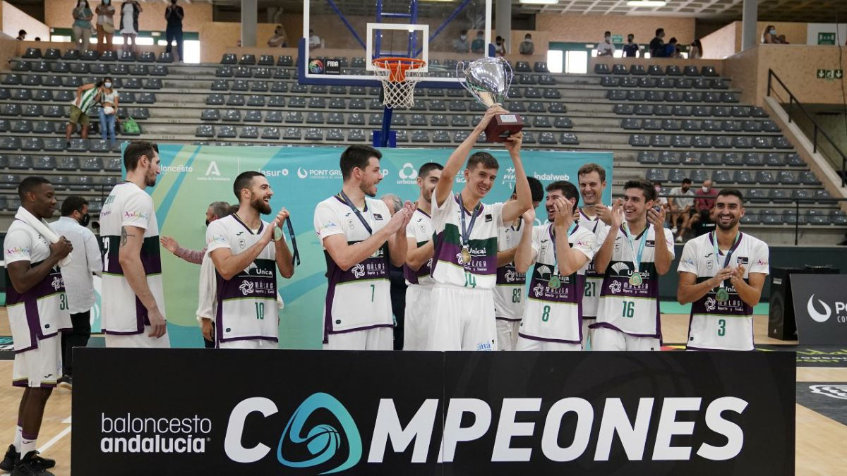 Unicaja-wins-the-Andalusia-Cup-against-the-renewed-Betis-de-Joan-Plaza