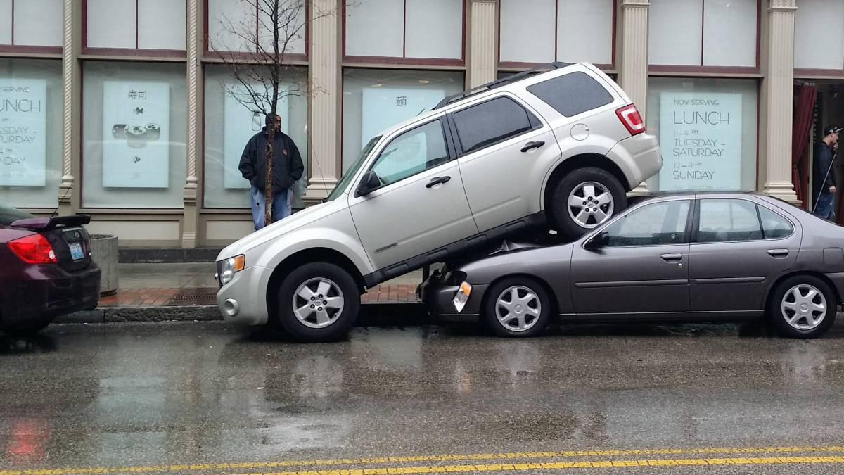Comprueba si el coche de tus sue os cabe en el garaje con - Garaje de coches ...