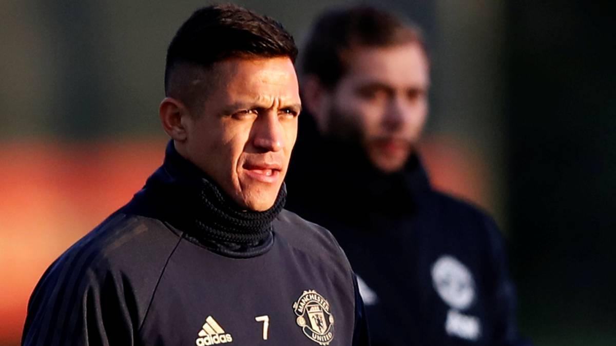 aa443dfe0 Alexis Sánchez salió lesionado del entrenamiento en el United - AS Chile