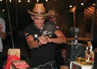 Contador muestra su versión 'más pistolera' en Arizona