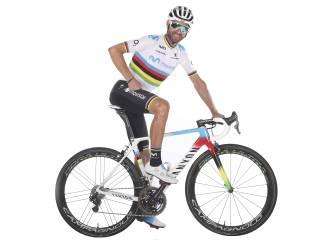 Valverde lucirá el arcoíris y una nueva bici en Lombardía