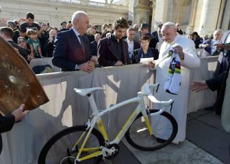 El Papa Francisco subasta la bici que le regaló Peter Sagan