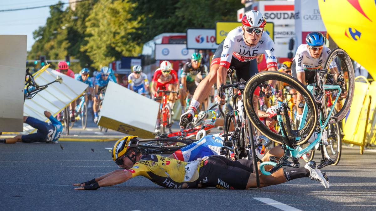 """Van-Aert-on-Groenewegen:-""""He-made-a-big-mistake-but-it-was-painful-to-see-the-reaction"""""""