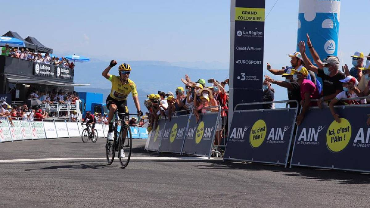 Another-exhibition-of-Roglic-and-the-Jumbo-against-Bernal-and-Ineos