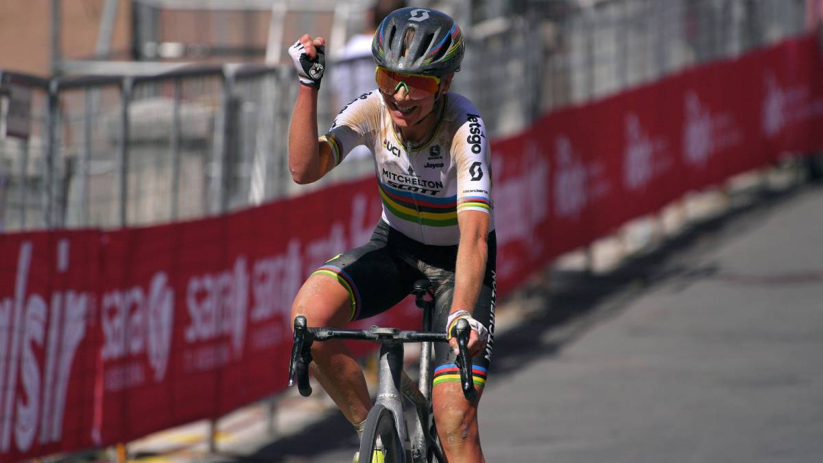 Van-Vleuten-very-close-to-closing-his-signing-for-Movistar