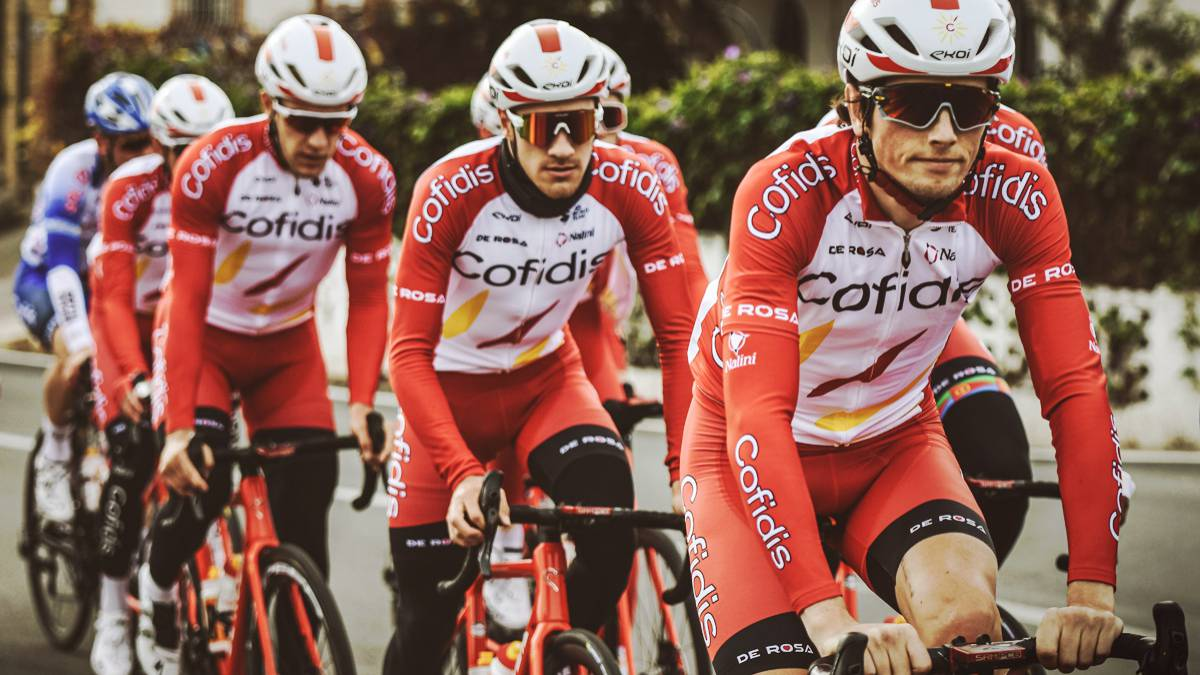 Do-you-want-an-official-jersey-of-the-Cofidis-cycling-team?