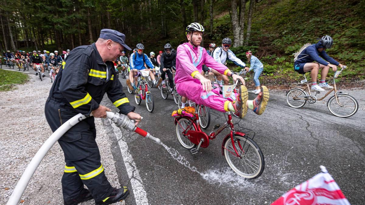 A-Rog-Pony-bike-race-in-Slovenia