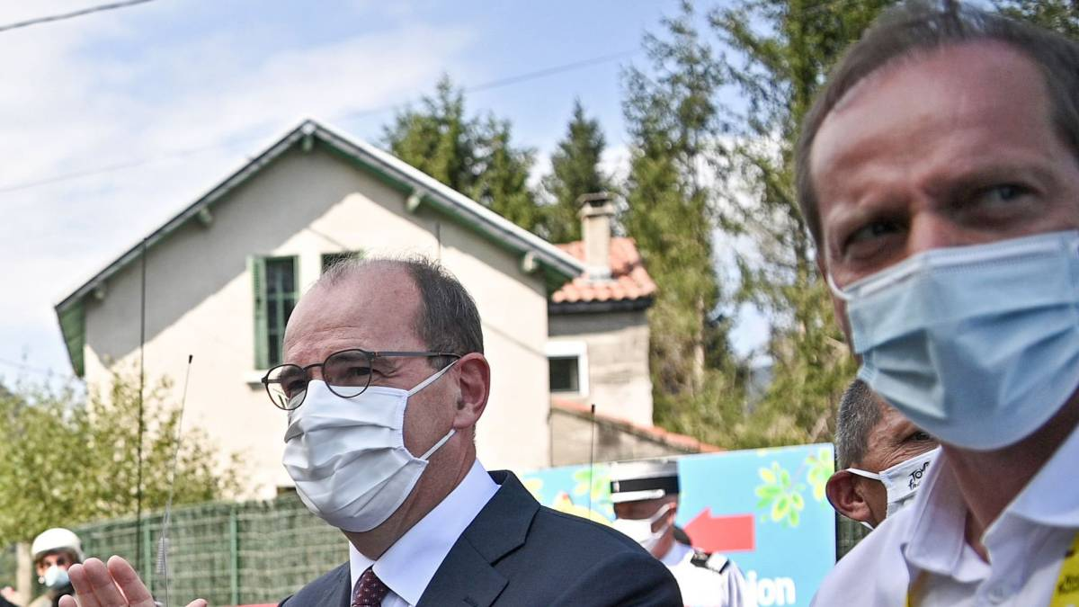 French-Prime-Minister-tests-negative-after-being-with-Prudhomme-on-Tour