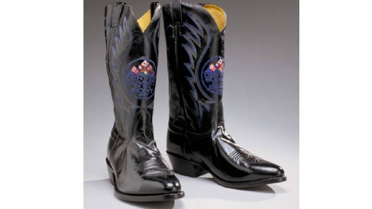 President-Clinton's-cowboy-boots