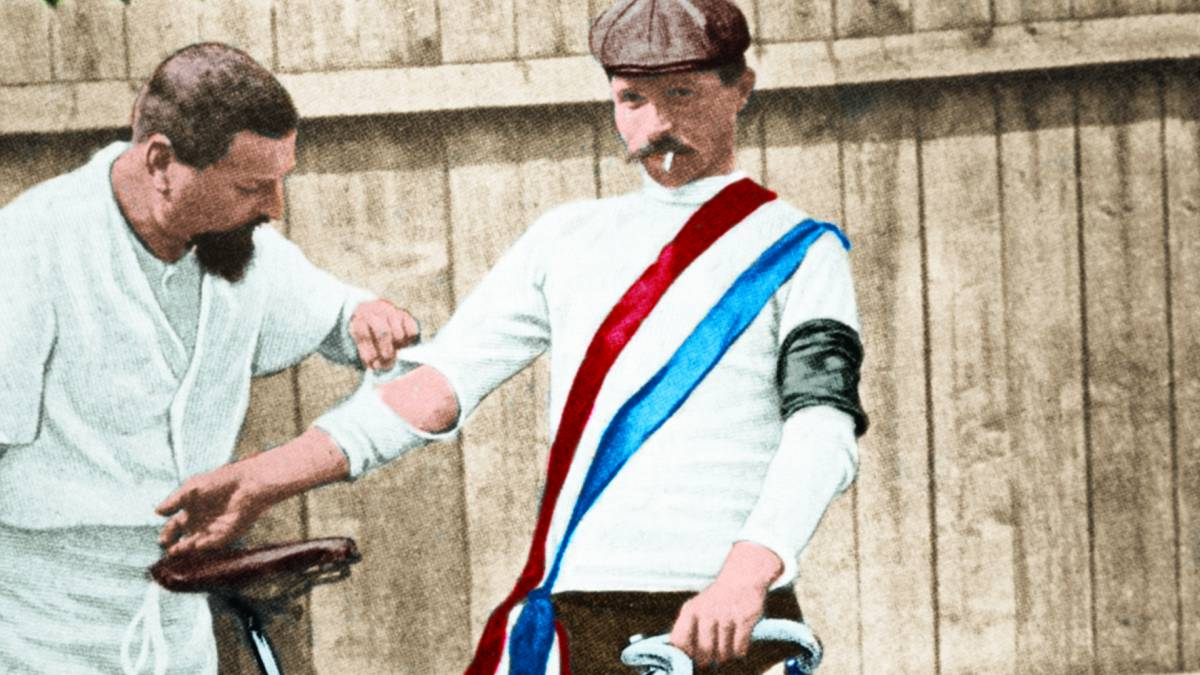 The-first-winner-in-the-Tour-de-France-took-almost-18-hours