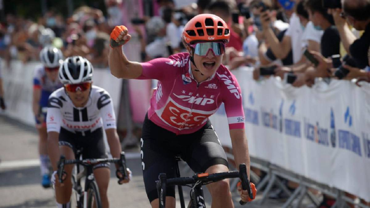 Third-stage-win-second-in-a-row-for-Marianne-Vos