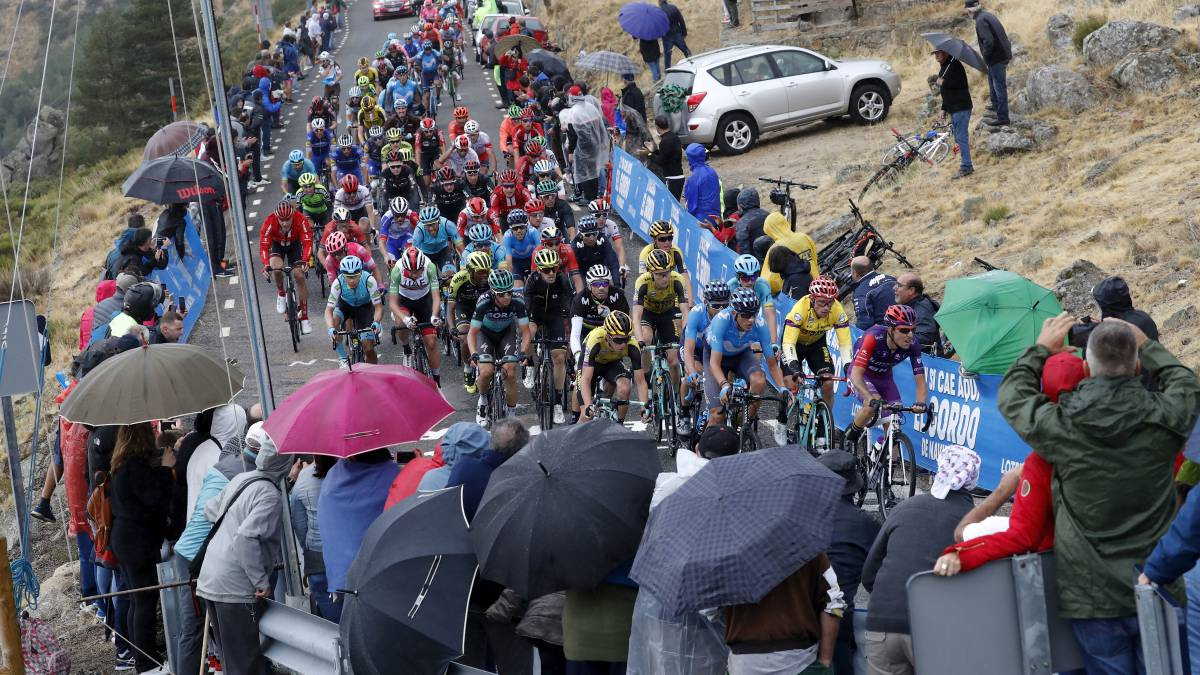 La-Vuelta-closes-the-finals-aloud-to-the-public-and-asks-the-fans-to-stay-home