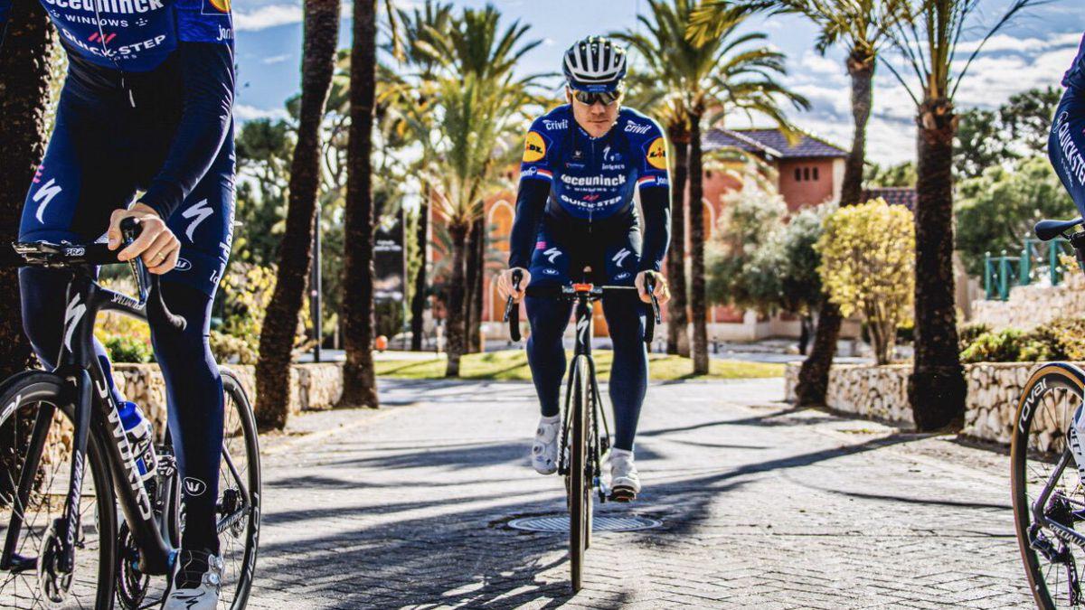 "Jakobsen-already-feels-""like-a-professional-cyclist""-again"
