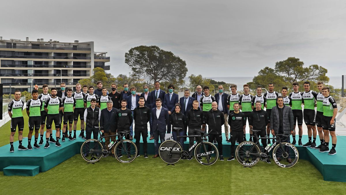 """Kern-Pharma-the-youngest-team-in-the-peloton:-""""Humble-...-and-ambitious"""""""
