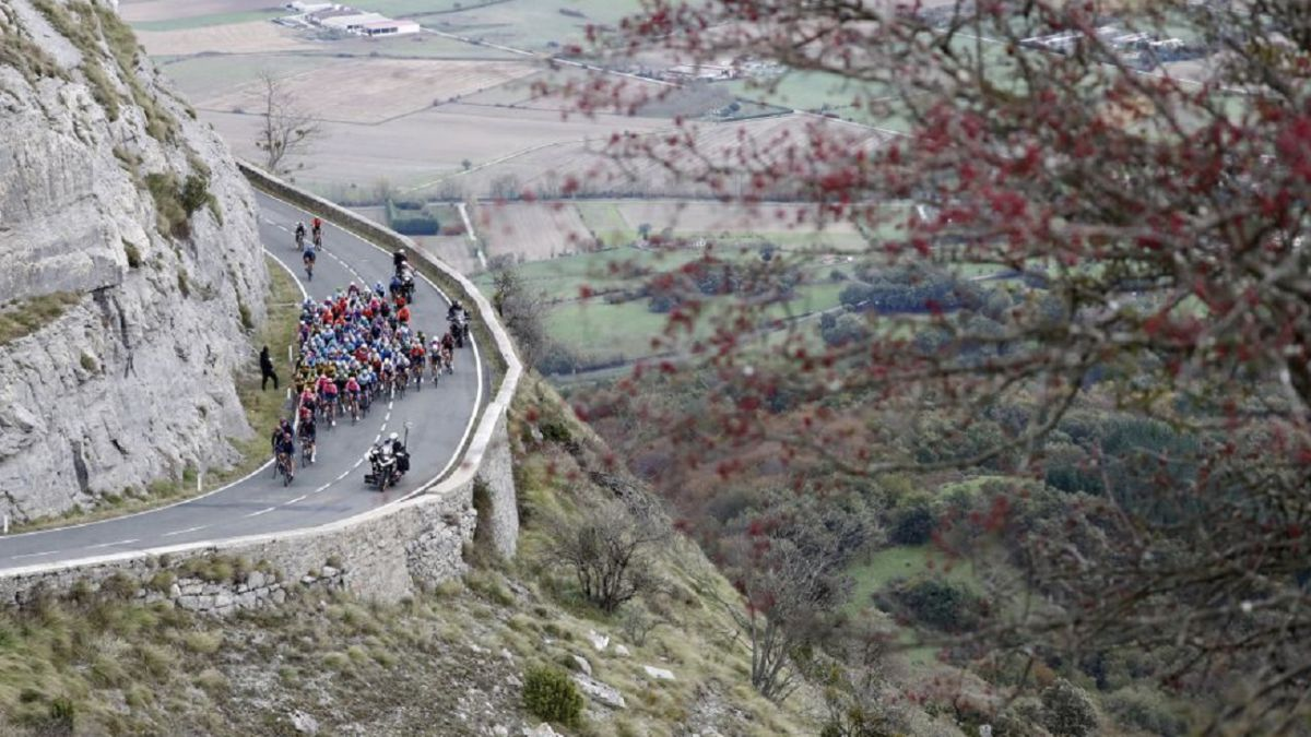 La-Vuelta-will-discover-...-four-unprecedented-high-finals-in-cycling!