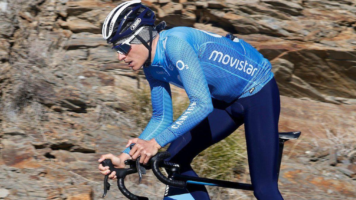 Test-at-Mont-Ventoux-for-Egan-Bernal-Enric-Mas-...