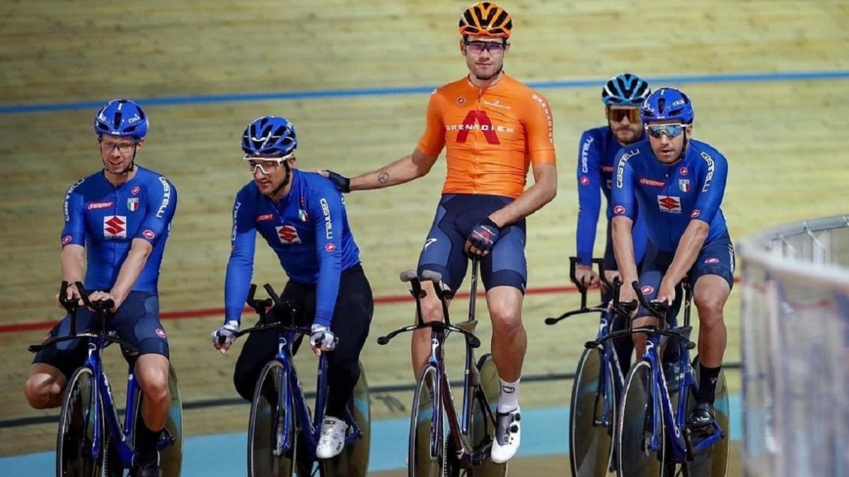 Viviani-returns-to-the-track-to-improve-in-the-sprints