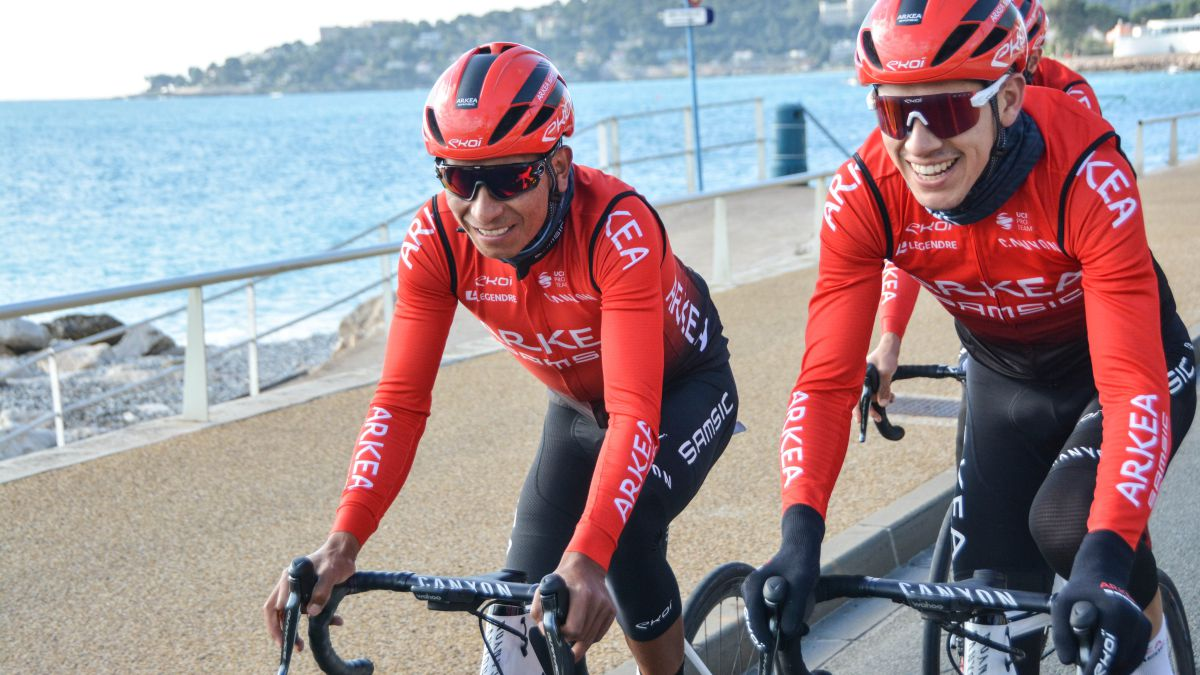 Quintana-defends-his-title-against-a-powerful-Ineos