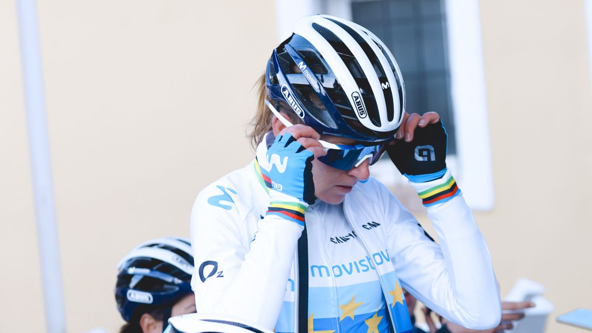 Van-Vleuten-debuts-with-Movistar