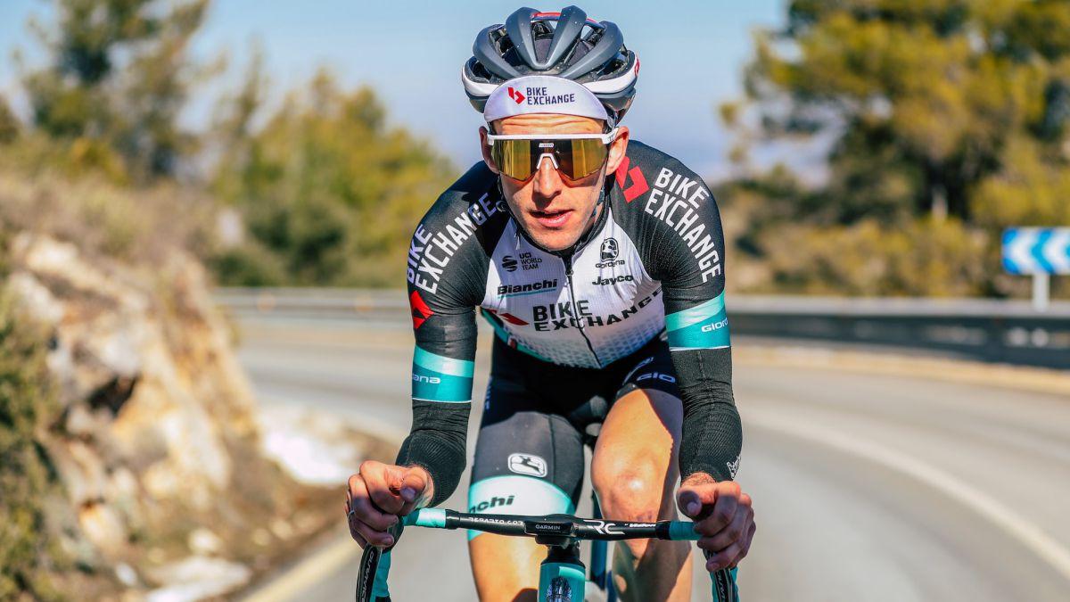 Simon-Yates-joins-the-Giro
